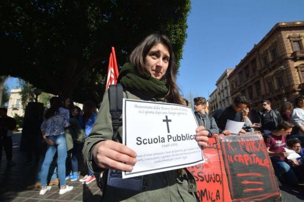 Il DDL Renzi è inemendabile e danneggia la scuola. Rifiutiamolo insieme