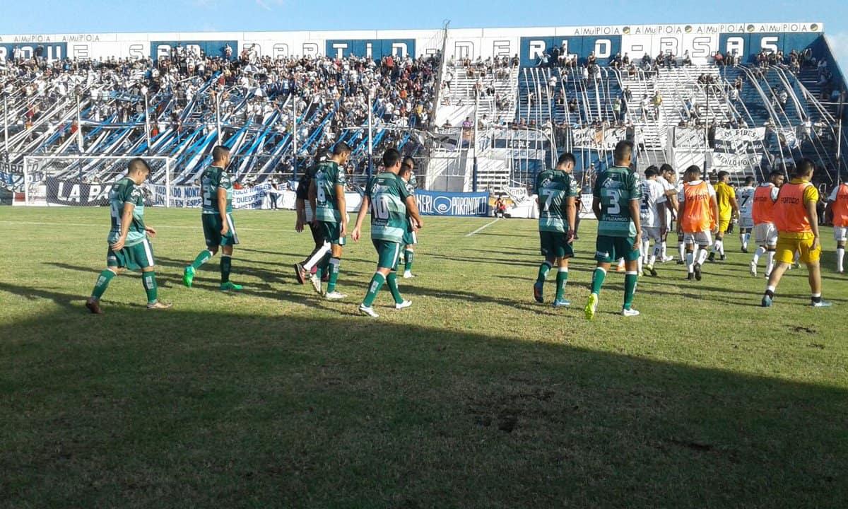 Ituzaingó perdió con Deportivo Merlo 2-1.