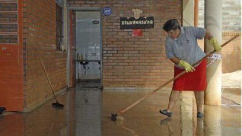 Ituzaingó: Se abre la inscripción para incorporar porteros y auxiliares de cocina en las escuelas 6