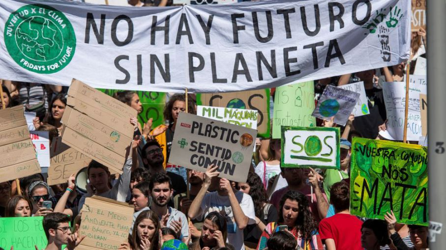 Huelga climática global: Argentina se suma a 160 países contra la crisis climática