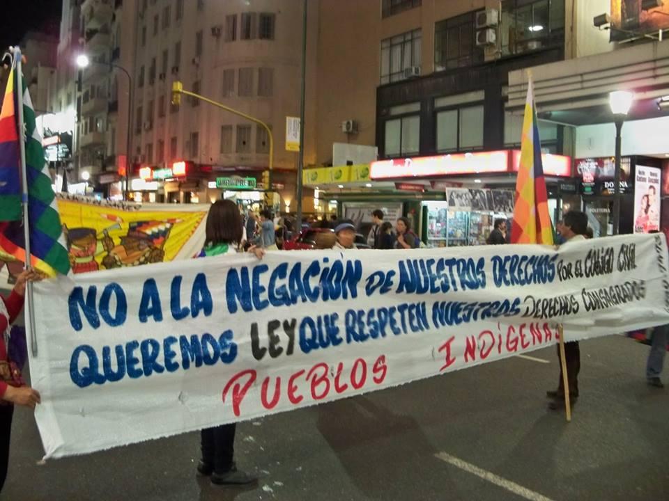 Pueblos Originarios realizan un contrafestejo por el 12 de octubre