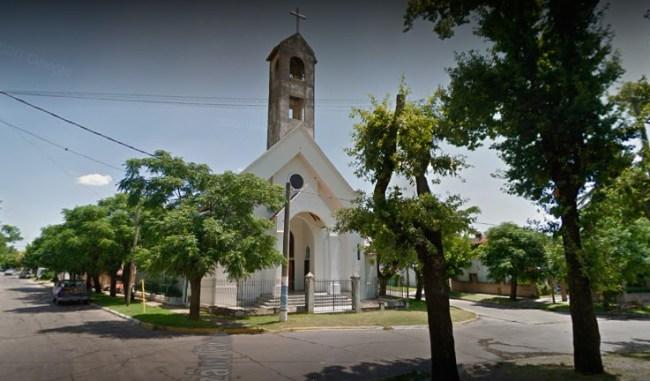 Ituzaingó: vecinos piden ayuda y solidaridad para una persona en situación de calle 2