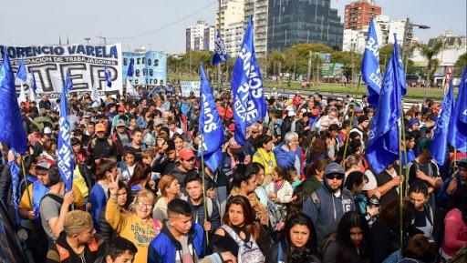 Convocan a las 20 Hs a manifestarse pacíficamente a la Quinta de Olivos