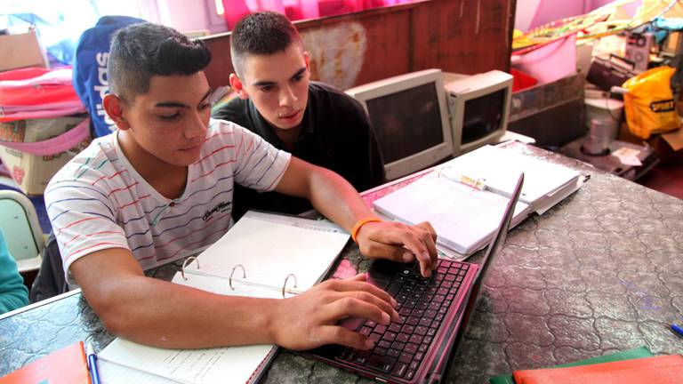 """""""Programa Potenciar Joven"""": $ 8.500 pesos por mes para jóvenes sin empleo-"""