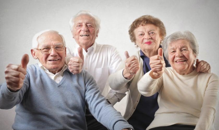 Autorizan la vacuna para mayores de 60 años ¿que condiciones deben cumplir?