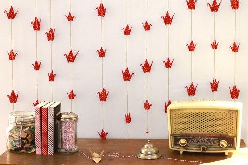 Suspension origami red polka dot