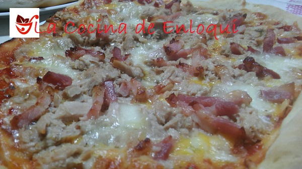 pizza atún y bacon