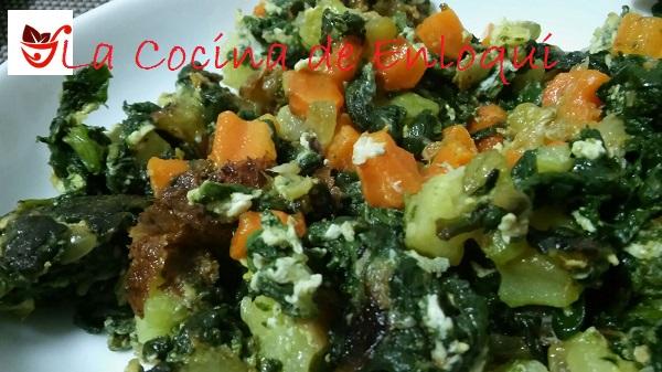 revuelto de espinacas con zanahorias