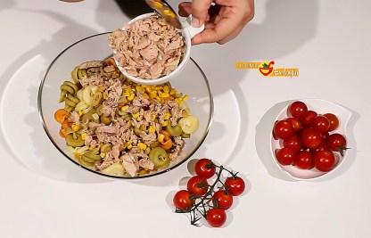 27.08.17 Ensalada de pasta con frutos de mar (pap4)