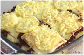 Pastel de patata, carne y queso