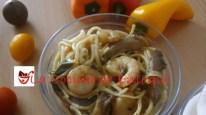 Fideos chinos con gambas y verdura