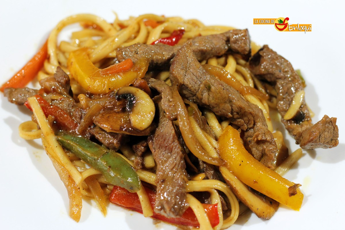 Chow mein de ternera | Fideos chinos fritos con ternera