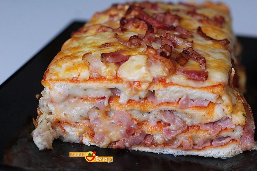 Pastel de pizza con pan de molde