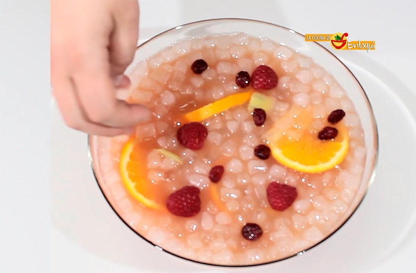 Elaboración del Ponche de frutas sin alcohol