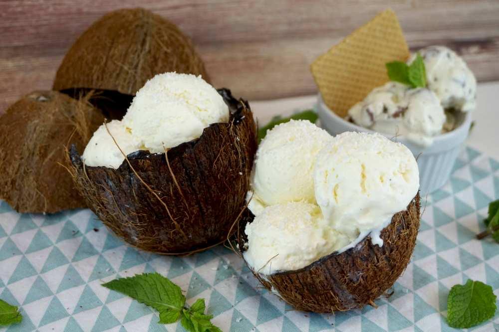 Helado cremoso de coco sin maquina heladera