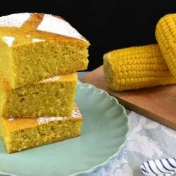 bizcocho de maíz dulce de lata o pan de elote