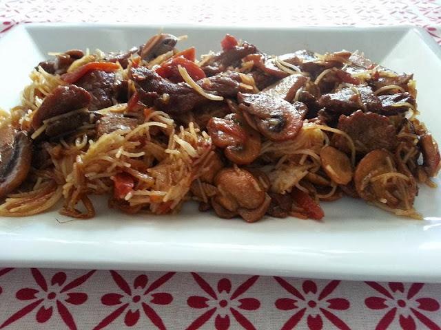 receta de fideos de arroz con magro de cerdo cocina facil