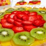 Tarta de fruta con crema de limón