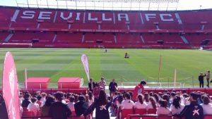 El Sevilla FC sancionado por la FIFA