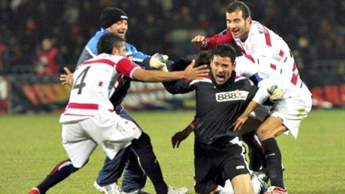 Lucescu, incapaz de ganarle al Sevilla
