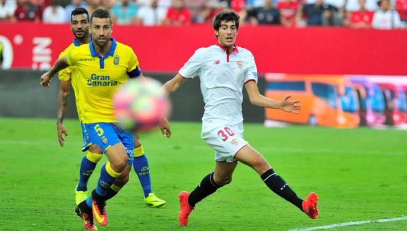 Carlos Fernández, en un lance del partido ante Las Palmas