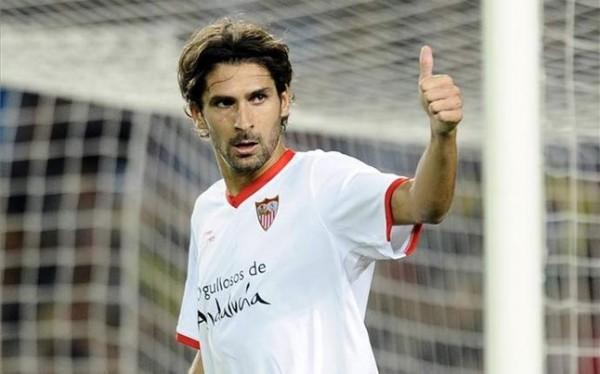 Escudé, durante un partido con el Sevilla | Imagen: Sevilla FC