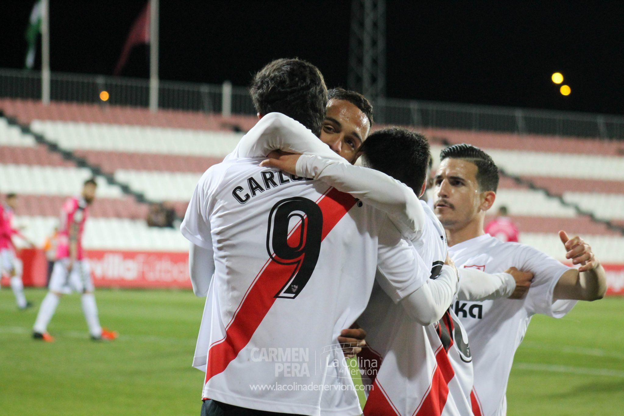 Las luces del Sevilla Atlético en una oscura temporada