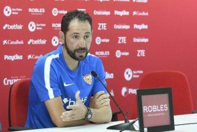 """Pablo Machín: """"Lo primero es ganar, la clasificación viene por añadidura"""""""