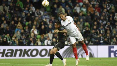 La cara B del Sevilla cae por su propio peso