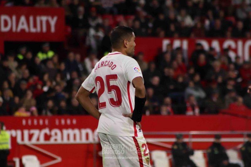 Complicada renovación de Mercado con el Sevilla