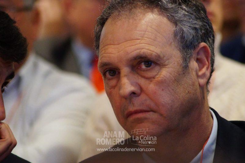 Caparrós se pronuncia sobre la polémica de la venta del Sevilla