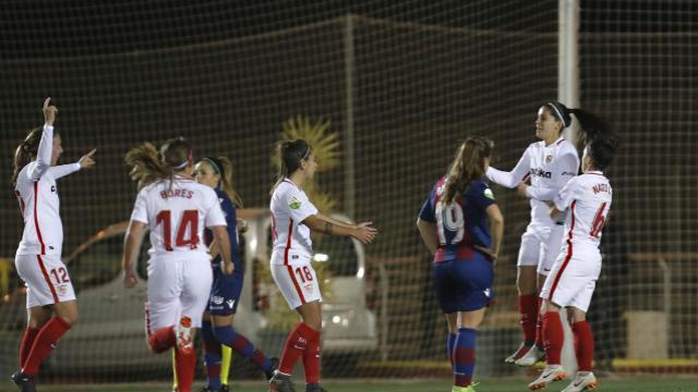 El Sevilla FC da la sorpresa y se cuela en las semifinales de la Copa de la Reina