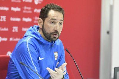 Machín analizó el choque ante el Slavia, las posibilidades de volver a puestos Champions y la situación de Arana y Vaclik