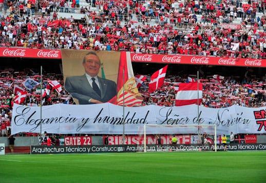 El recuerdo de Monchi y Caparrós en memoria de Roberto Alés
