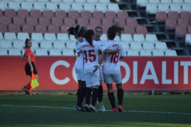 El Femenino golea al Málaga para abrazar la permanencia