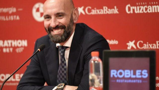 Monchi en la presentación de Fernando Reges   Imagen: Sevilla FC