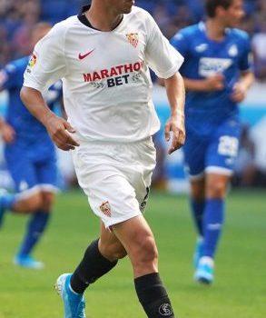 Pozo, durante un partido con el Sevilla | Imagen: Sevilla FC
