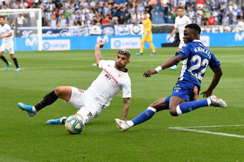 Banega, durante el partido ante el Alavés | Imagen: Sevilla FC