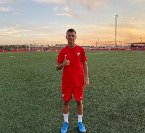 Alpaslan Tahsin, a prueba con el Sevilla