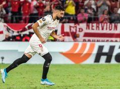 Dabbur salta al césped del Sánchez Pizjuán. | Imagen: Sevilla FC