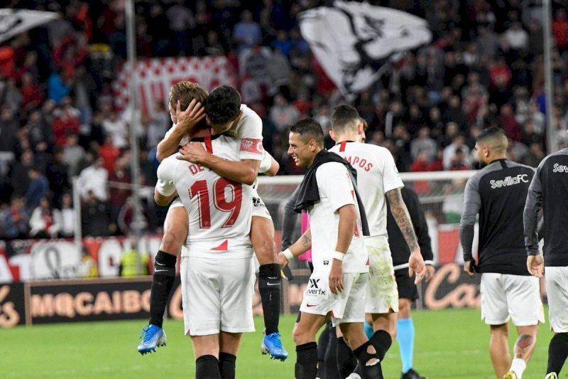 El gol de De Jong, festejado por todos    Imagen: Press México