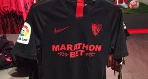 Nueva camiseta negra del Sevilla FC para la temporada 2019/2020 | Imagen: Twitter @Miguegdsfc