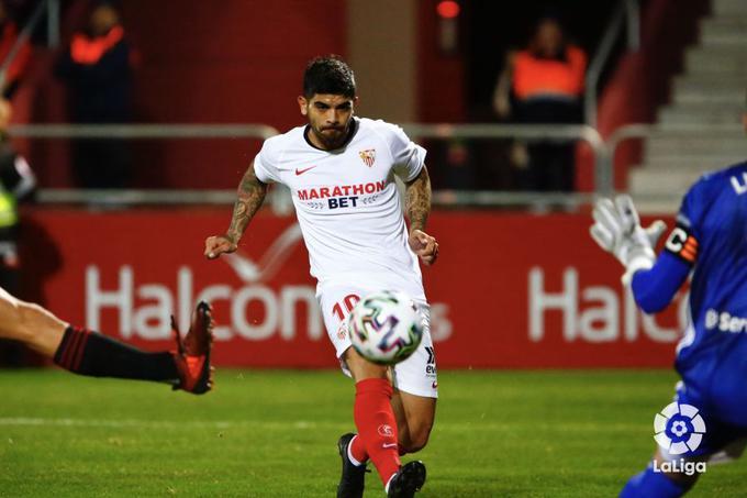 Éver Banega, durante el partido del Sevilla FC ante el Mirandés en Copa 2020 |Imagen: LaLiga