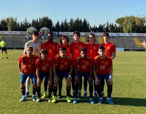Carlos Álvarez fue titular en el encuentro que disputó la selección española sub-17 ante Italia | Imagen: SEFutbol
