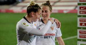 Las jugadoras del Sevilla Femenino, tras el partido ante el Levante | Imagen: La Colina de Nervión - Javi Barroso