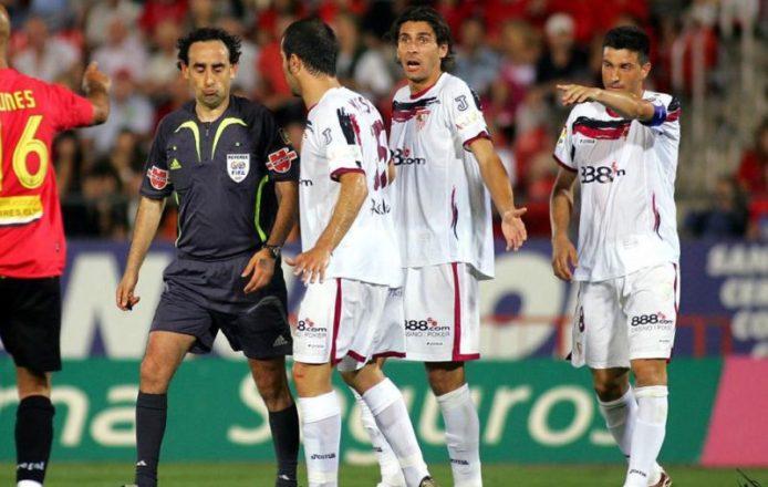 Iturralde, el gran señalado del Mallorca-Sevilla Fútbol Club de 2007