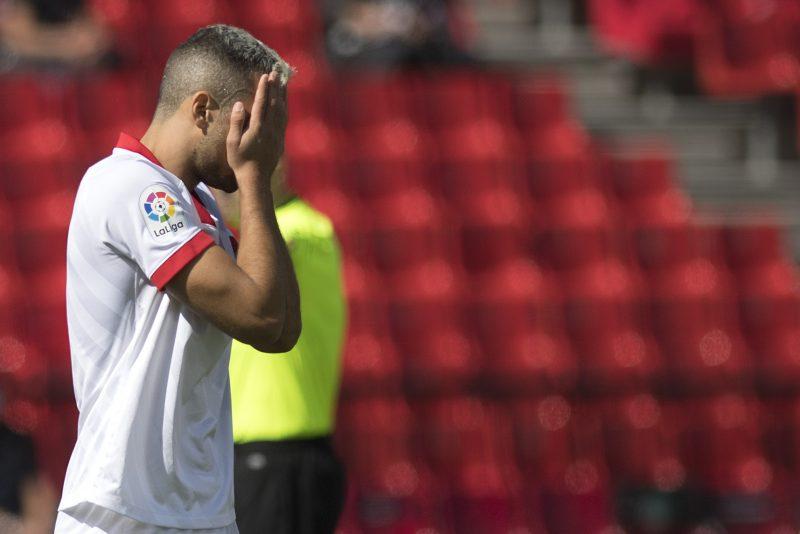Sevilla FC   La primera derrota, González Fuertes y Carlos Fernández