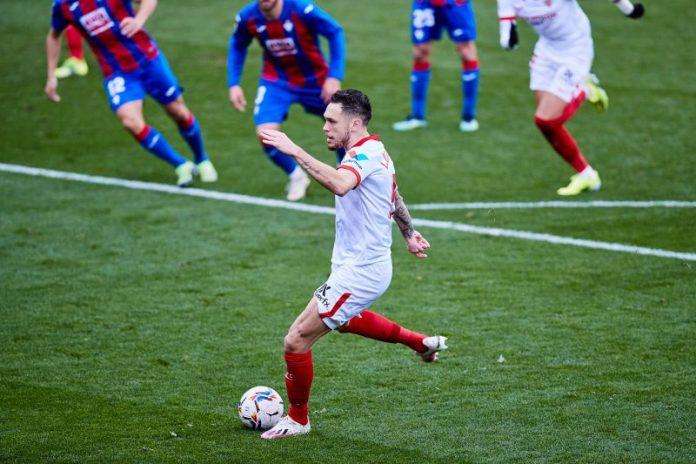 Ocampos y Jordán le dieron tres puntos vitales al Sevilla FC en Ipurúa