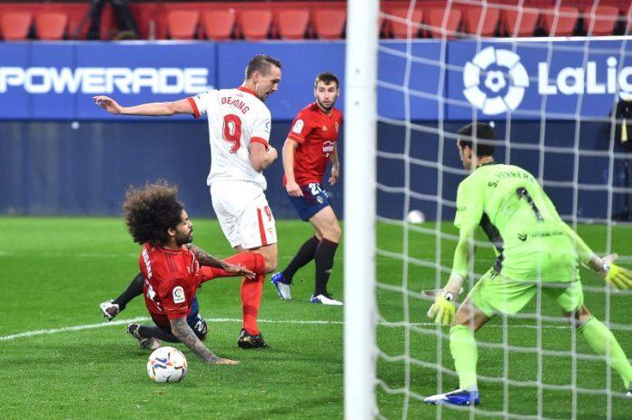El Sevilla FC triunfa en El Sadar a base de solidez y estrategia