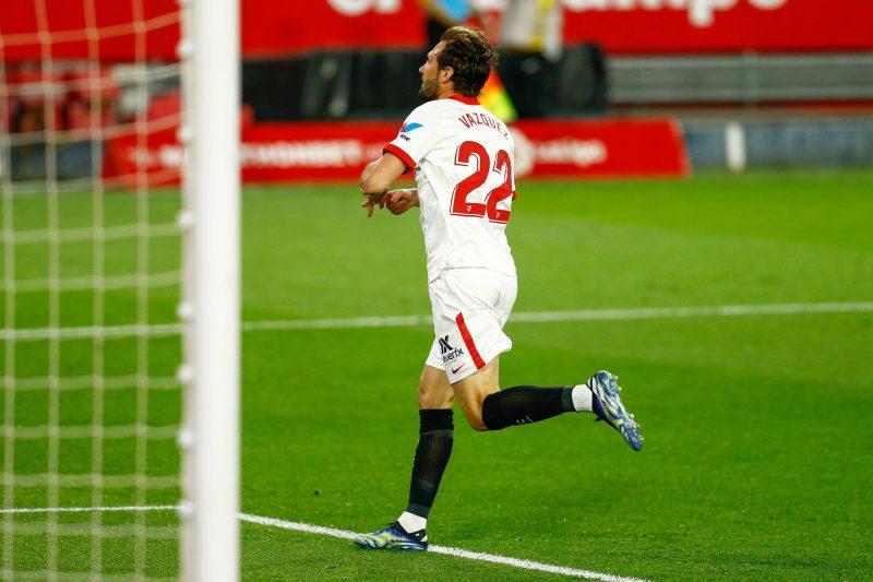 Franco Vázquez en el partido del Sevilla FC frente al Elche CF